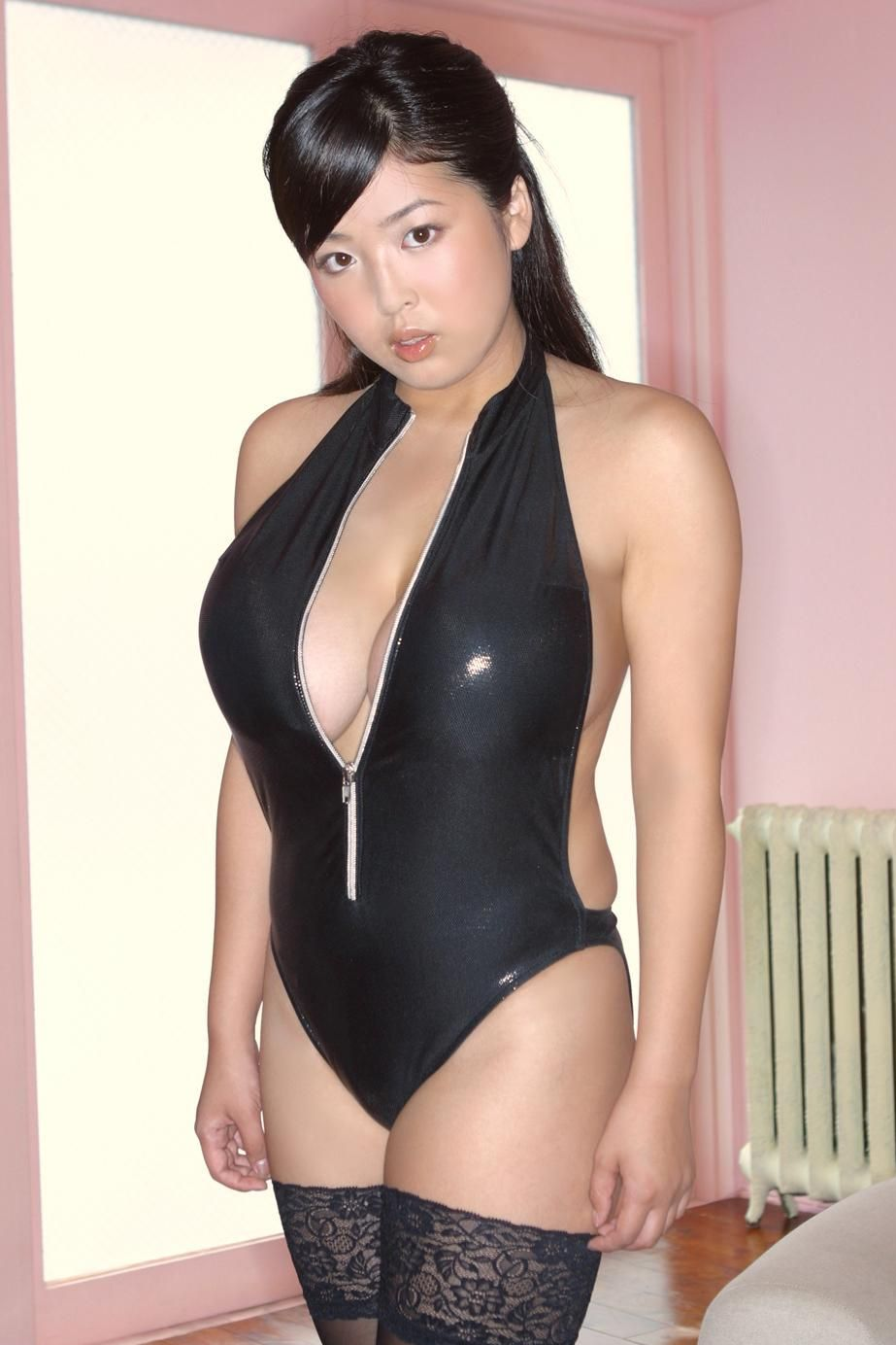 Busty asian babe jade feng gets filled with dick 8