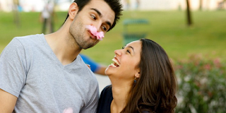 Cara Membuat Pacar Bahagia Dan Makin Lengket