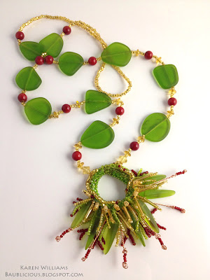 Sea Grass, freeform beaded necklace by Karen Williams