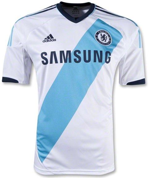c20404e493 Chelsea apresenta uniformes para a próxima temporada - Show de Camisas