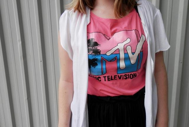regata em homenagem a época de MTV