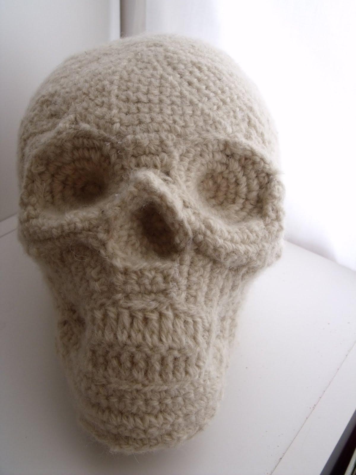 .: Human Skull Pillow
