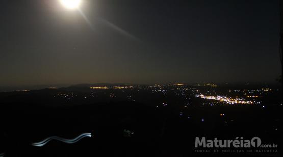 Super Lua de 14 de novembro vista do Pico do Jabre em Matureia.