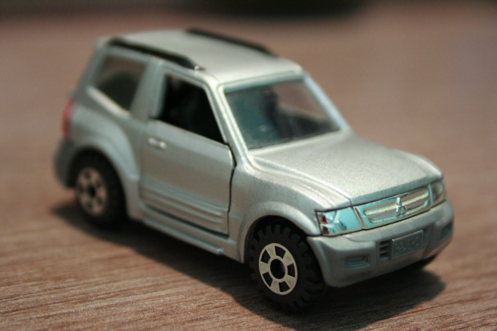 1 64 Die Cast Toy Cars Tomica Mitsubishi Pajero