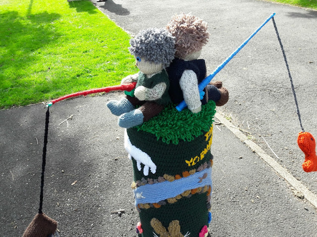 Yarndale yarn bombing