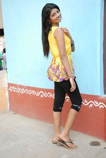 new heroine praksha sri Pictures 010
