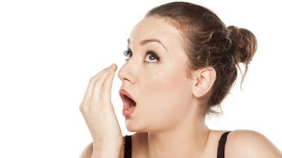 Triệu chứng , dấu hiệu bệnh ung thư vòm họng