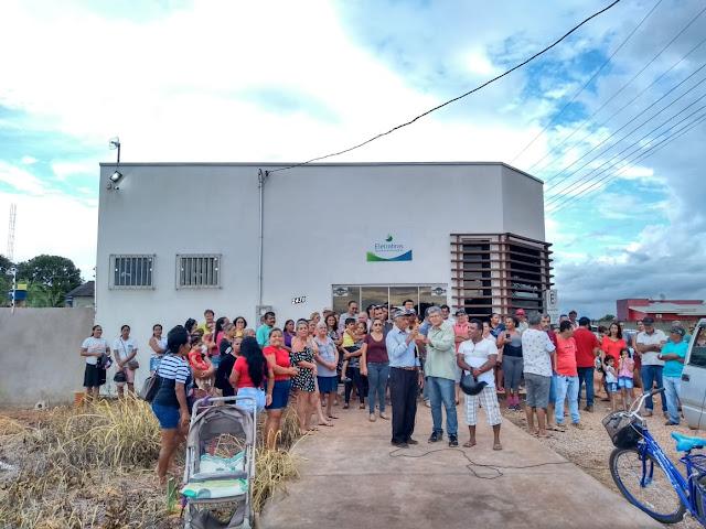 MORADORES PROTESTAM CONTRA AUMENTO NA CONTA DE ENERGIA EM GUAJARÁ E NOVA MAMORÉ