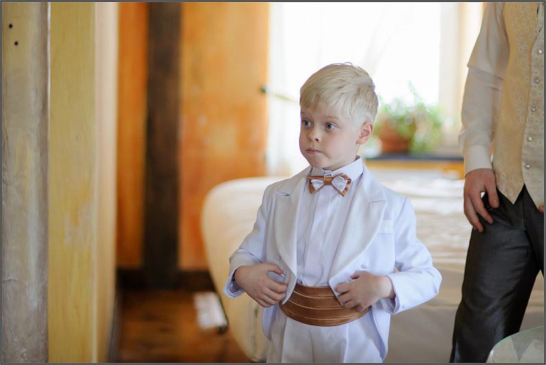 berniukų apranga vestuvėms