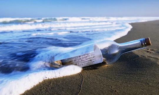 9 Cerita Menakjubkan Tentang Sebuah Pesan dalam Botol