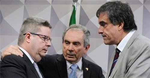 브라질 호세프 대통령 탄핵 위기