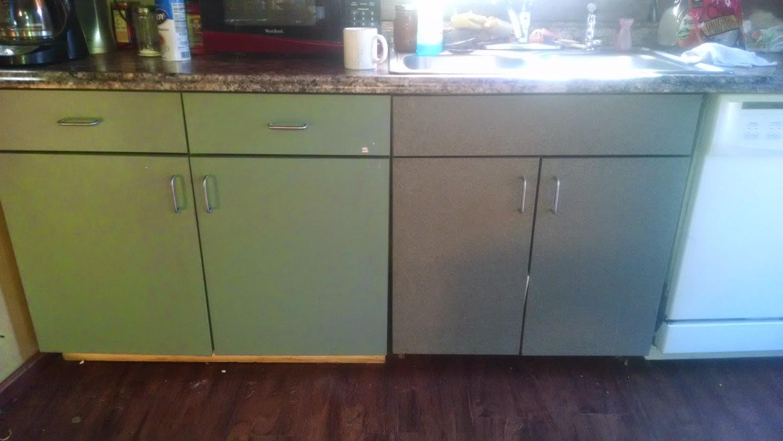 I 4 Details Diy Kitchen Cabinet Makeover Under 40 00