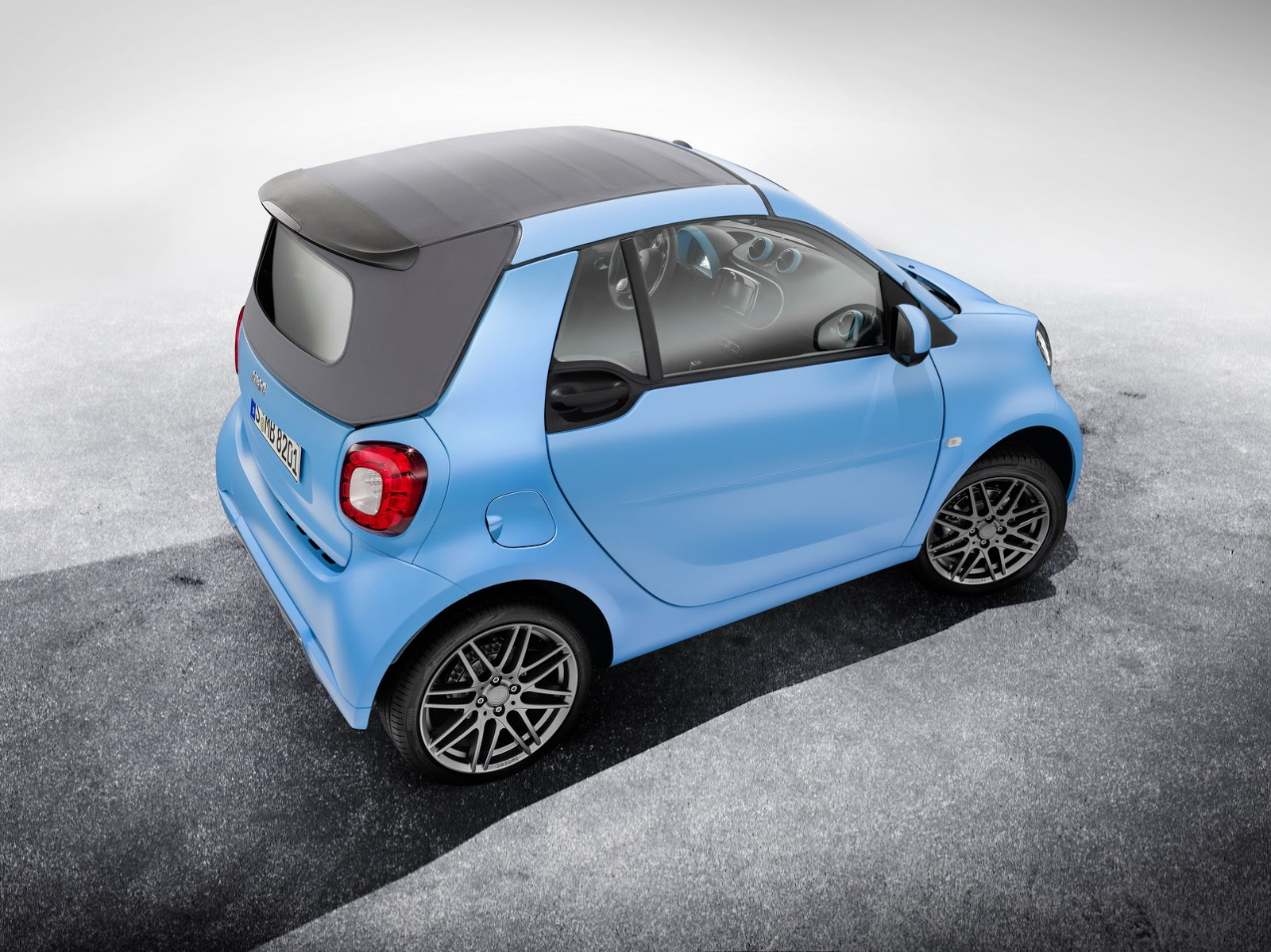 2014 - [Smart] ForTwo III [C453] - Page 31 Brabus-Smart-ForFour-ForTwo-2