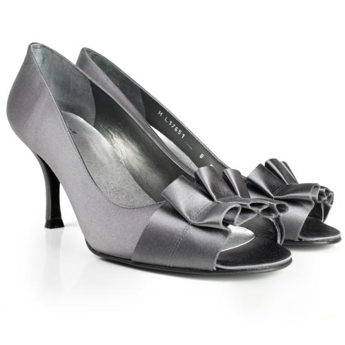 grey wedding shoes a wedding addict grey wedding shoes 4626