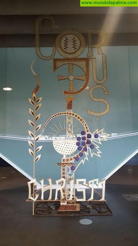Villa de Mazo promociona la festividad del Corpus en el aeropuerto