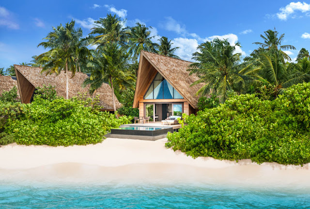 The St. Regis Maldives Vommuli Resort, Beach Poolvilla