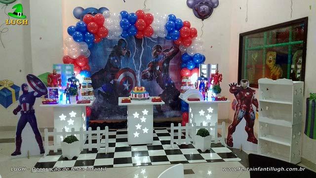 Decoração de aniversário Guerra Civil para festa infantil masculina
