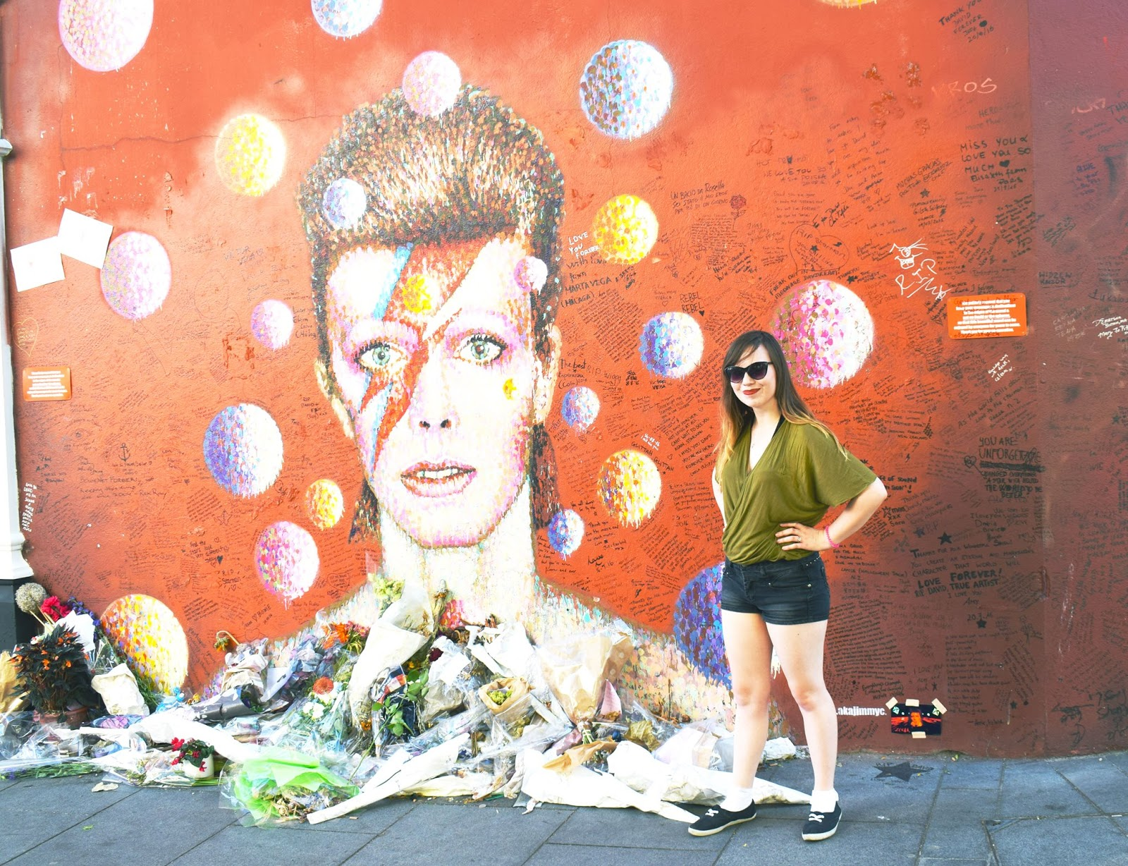 lebellelavie - David Bowie & a family trip to London