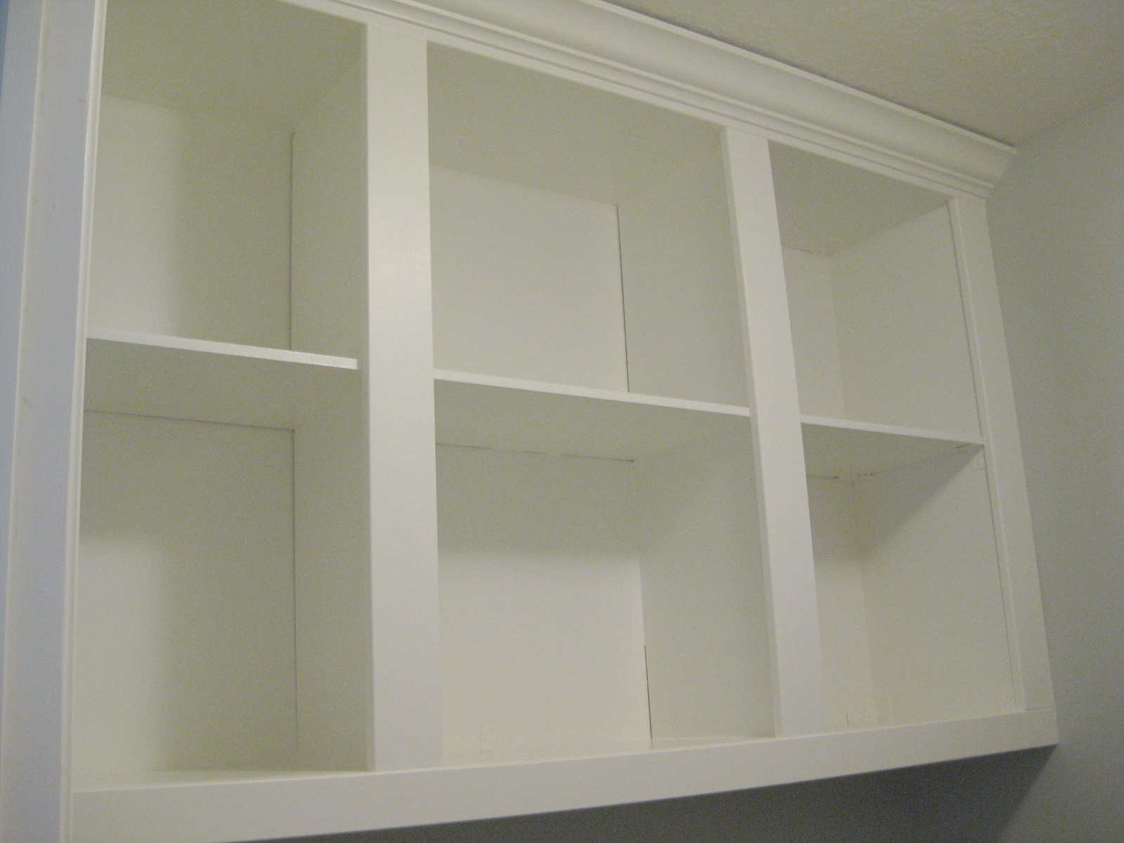 TDA decorating and design: Laundry Room Cabinet Tutorial