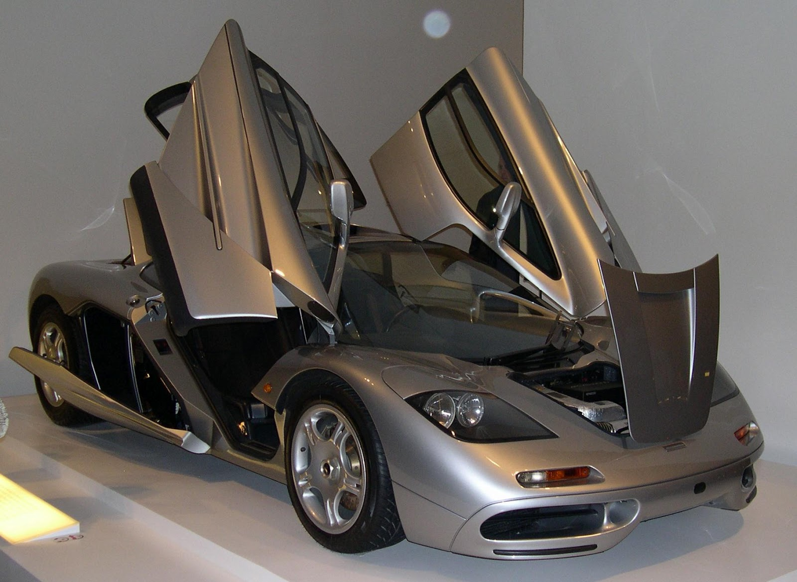 McLaren F1 Cool Mr Android