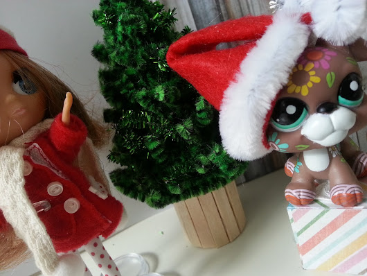 DIY Doll Christmas tree: Our LPS are getting ready!