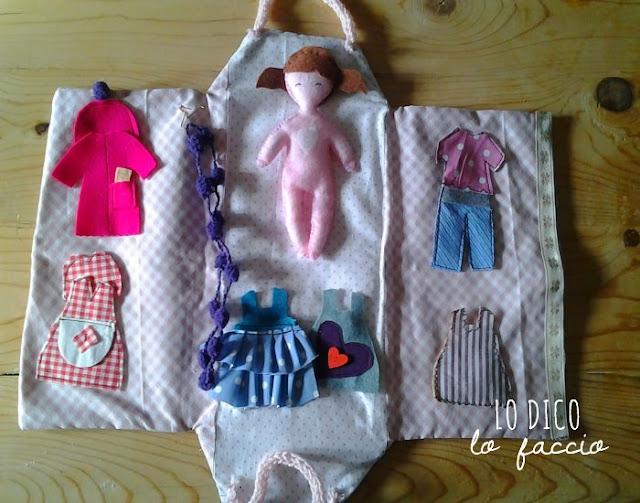 cadetta delle bambole cucita a mano