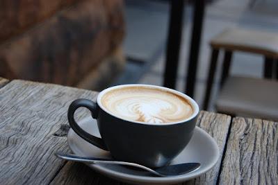 http://www.cafe-till-salu.se/