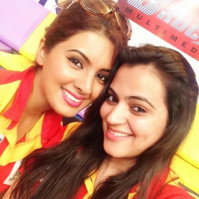 bc l , tv , cricket , live , fl im city , insta pic , insta likes , insta pic ,oftheday follow , priyanka lal wan i , geeta basra ,, Geeta Basra Latest Hot Real Life Pics with Fans