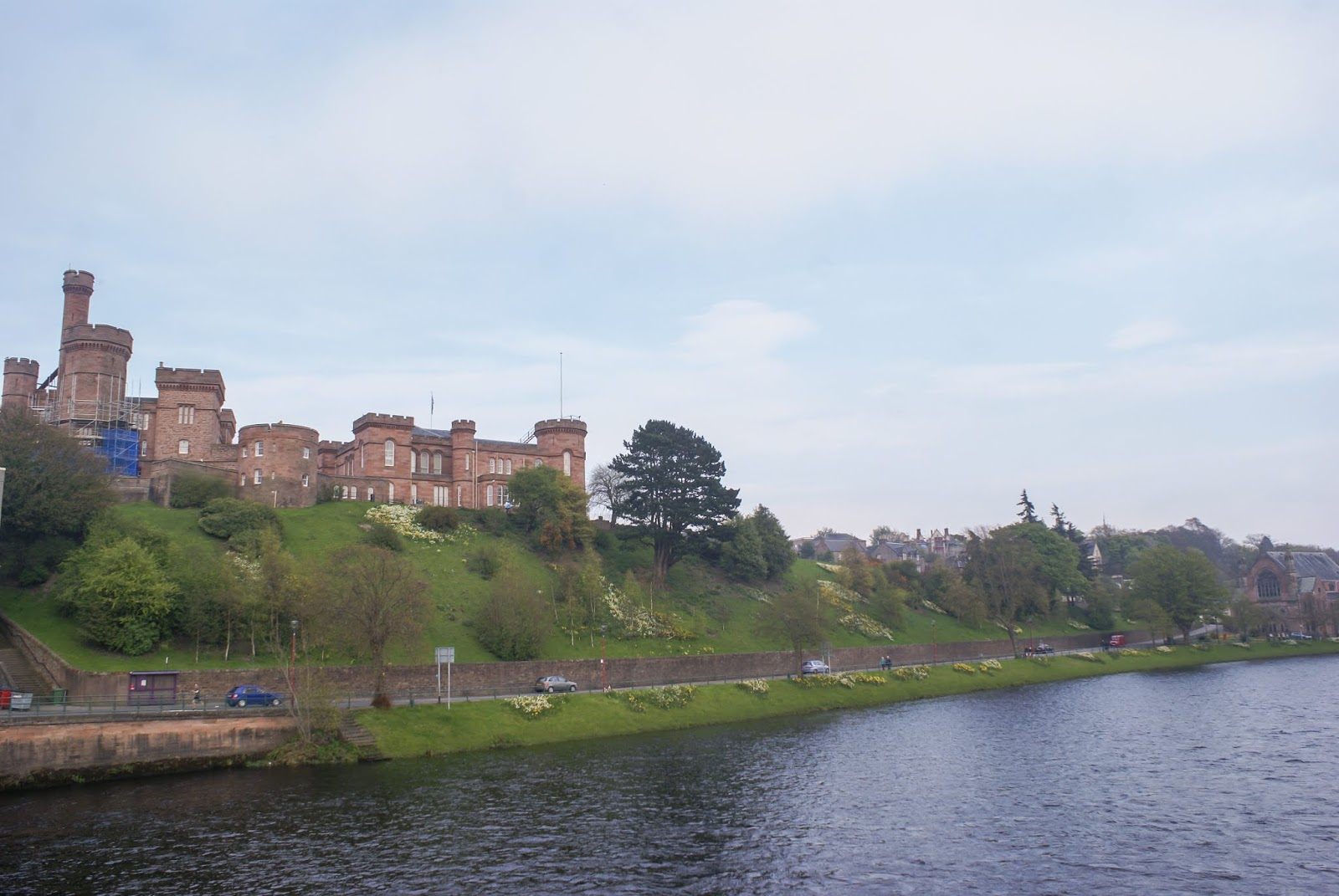 inverness castle scotland ness river
