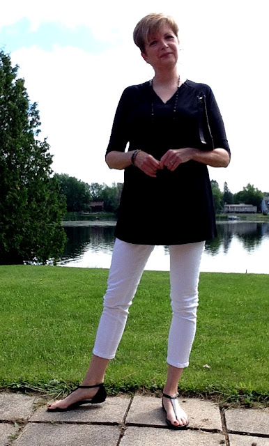 my new black Diane Kennedy tunic and white cropped NYDJ jeans
