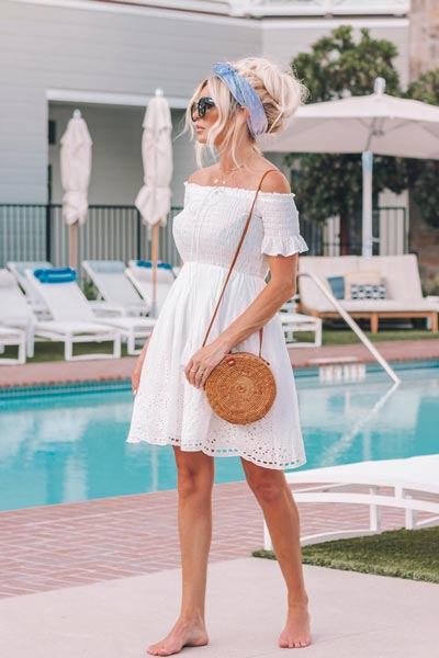 19 Stylish Fall Outfits to Copy in 2018 | Lace Midi Dress