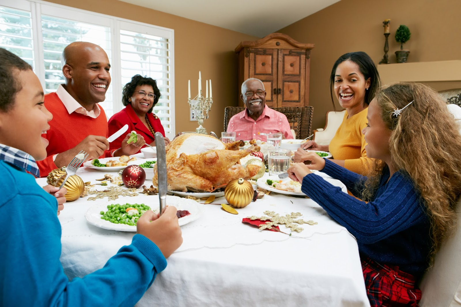 Thanksgiving Items Needed for Decorating and Entertaining