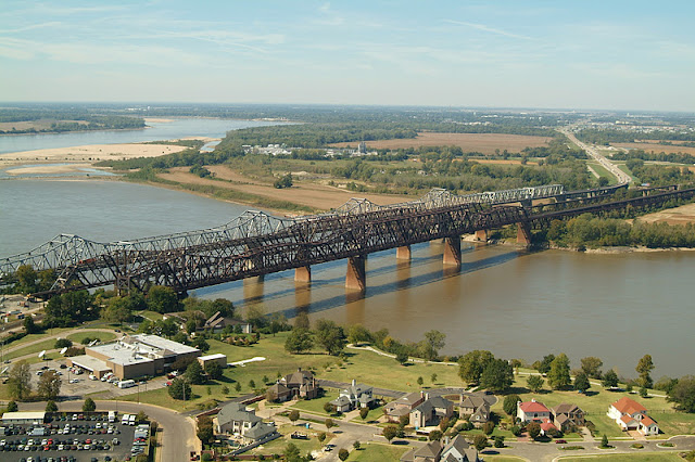 http://3.bp.blogspot.com/-BBNwgzg7MWc/Tv9GMeTq4hI/AAAAAAAACMk/SHHIVz_1hSQ/s640/Aerial+Bridges+2.JPG
