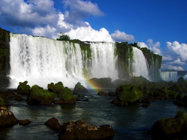 Rainbow Falls Hawaii Wallpaper Amazing World Amp Fun The Iguazu Waterfalls Argentina
