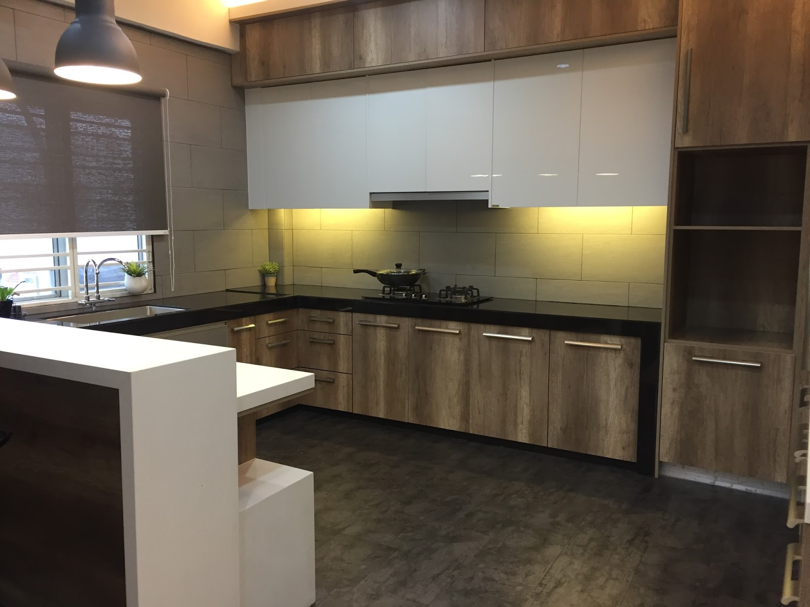 Rumah Pajam : Kabinet Dapur Intech Kitchen.