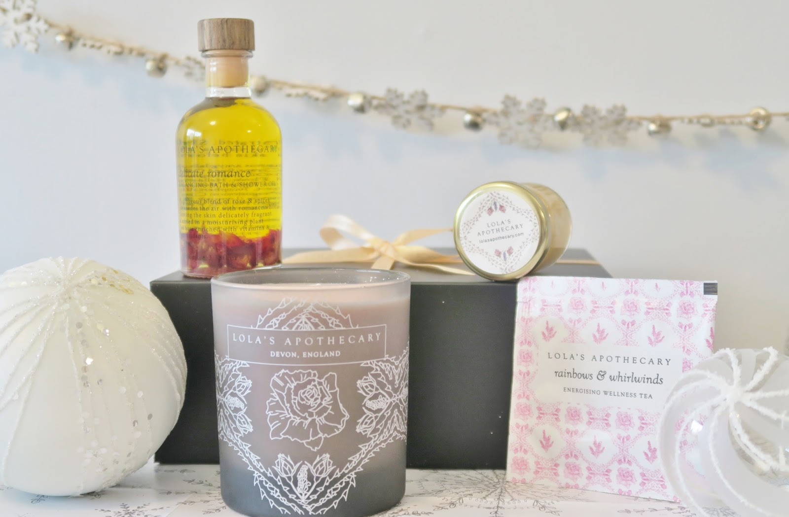 Amber's Beauty Talk Christmas Gift Guides | Lola's Apothecary Delicate Romance Inner Delight Ritual Set
