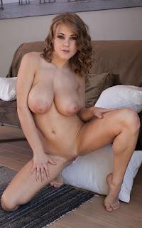 Hot Naked Girl - Viola%2BBailey-S02-044.jpg