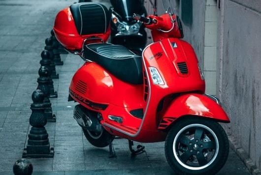5 Kesalahan Memanaskan Mesin Sepeda Motor di Pagi Hari