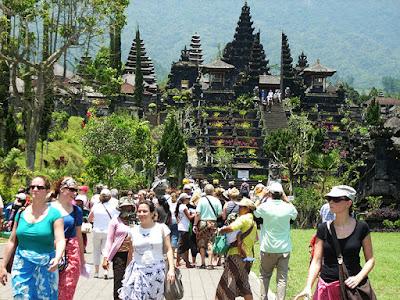 sejarah pura besakih Bali