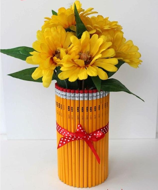 Öğretmene El Yapımı Kalem Vazo