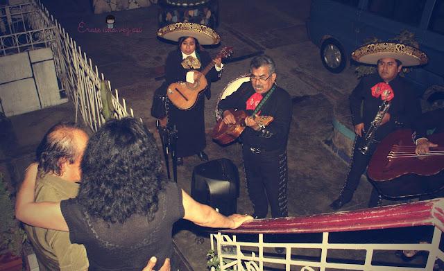 serenata, mariachis, cumpleaños mamá