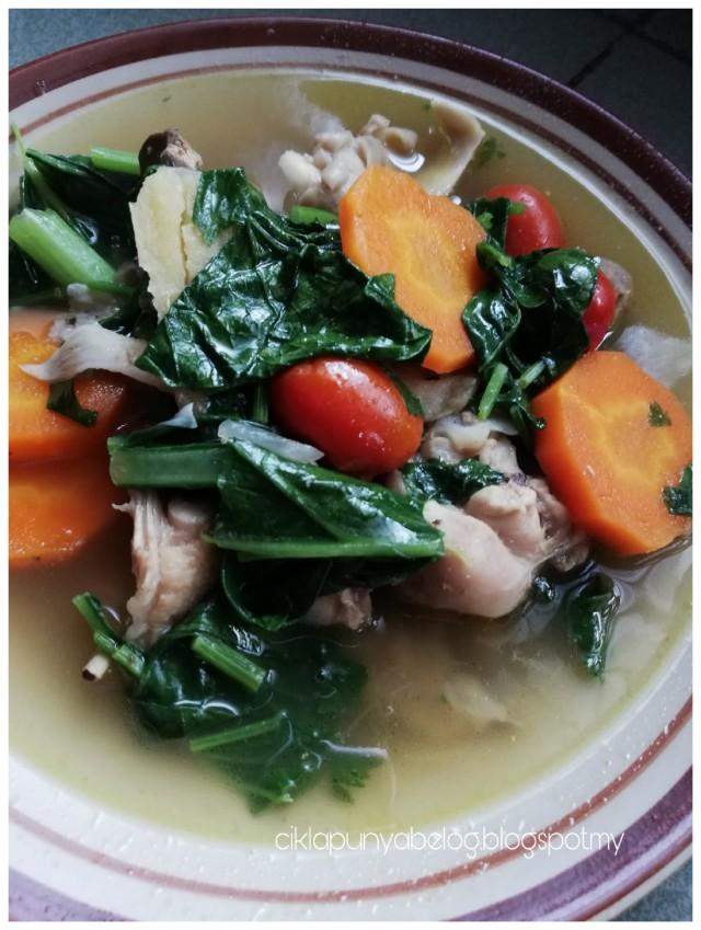 Sup ayam sihat. All in one, cepat dan semestinya berkhasiat!