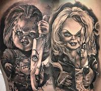 tatuaje para halloween chucky y novia en blanco y negro