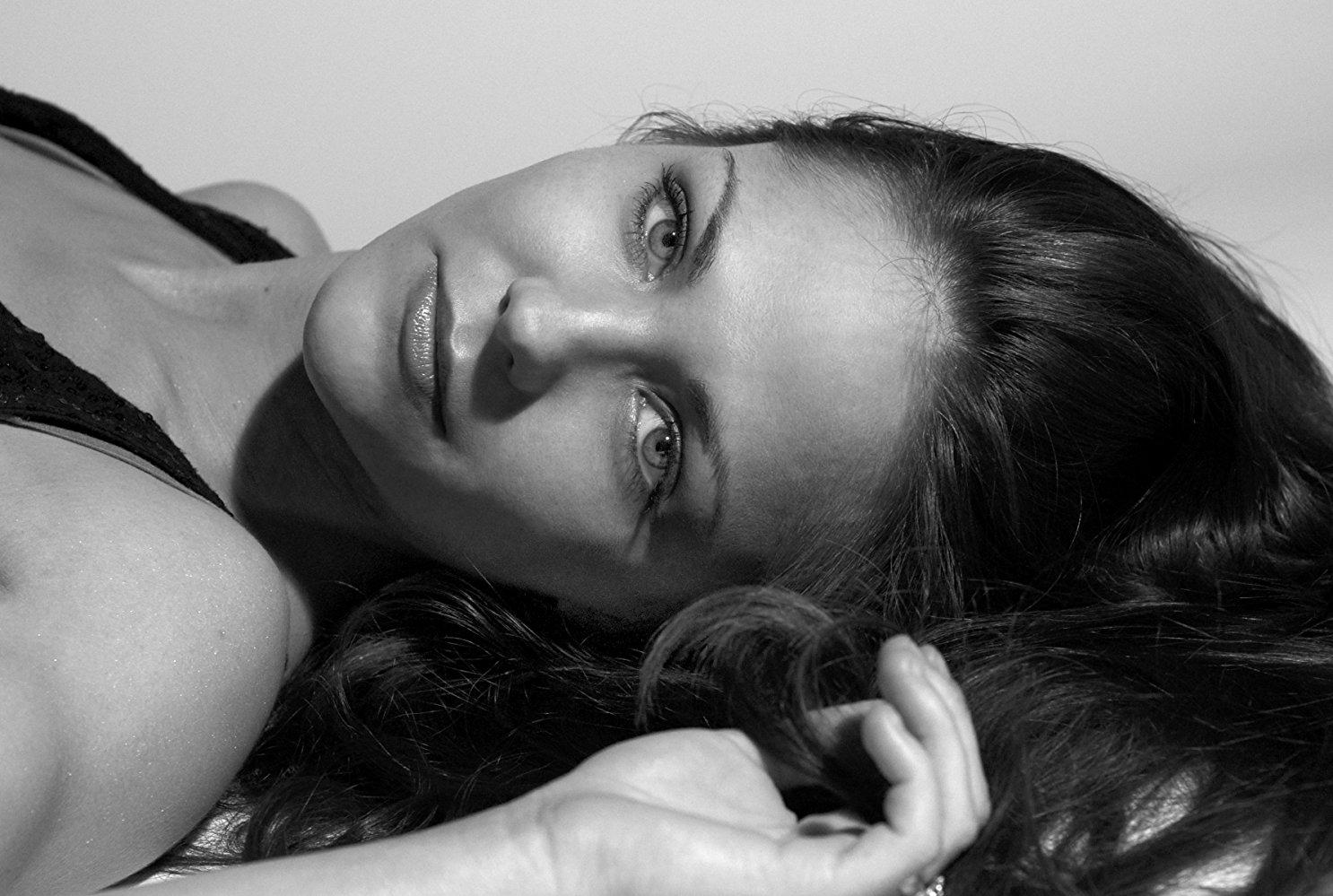 Elvira Deatcu Nude Photos 70