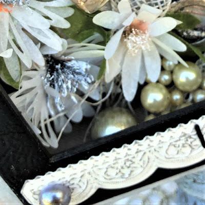 Sara Emily Barker https://sarascloset1.blogspot.com/2019/04/trashy-love-story-vignette-for-frilly.html Vignette Box Tutorial Tim Holtz 3D Embossing Seth Apter Baked Velvet 9