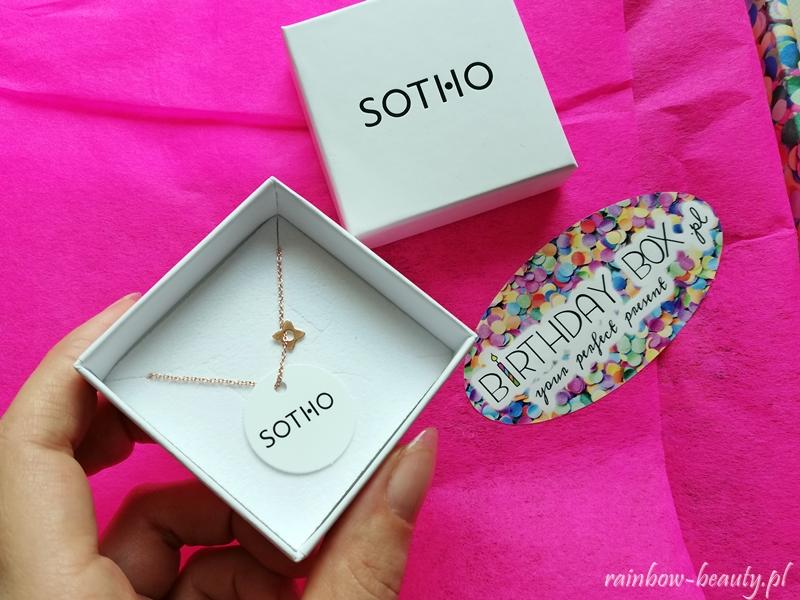 birthday-box-prezent-urodzinowy-opinie-zawartosc-co-w-srodku-premium-sotho