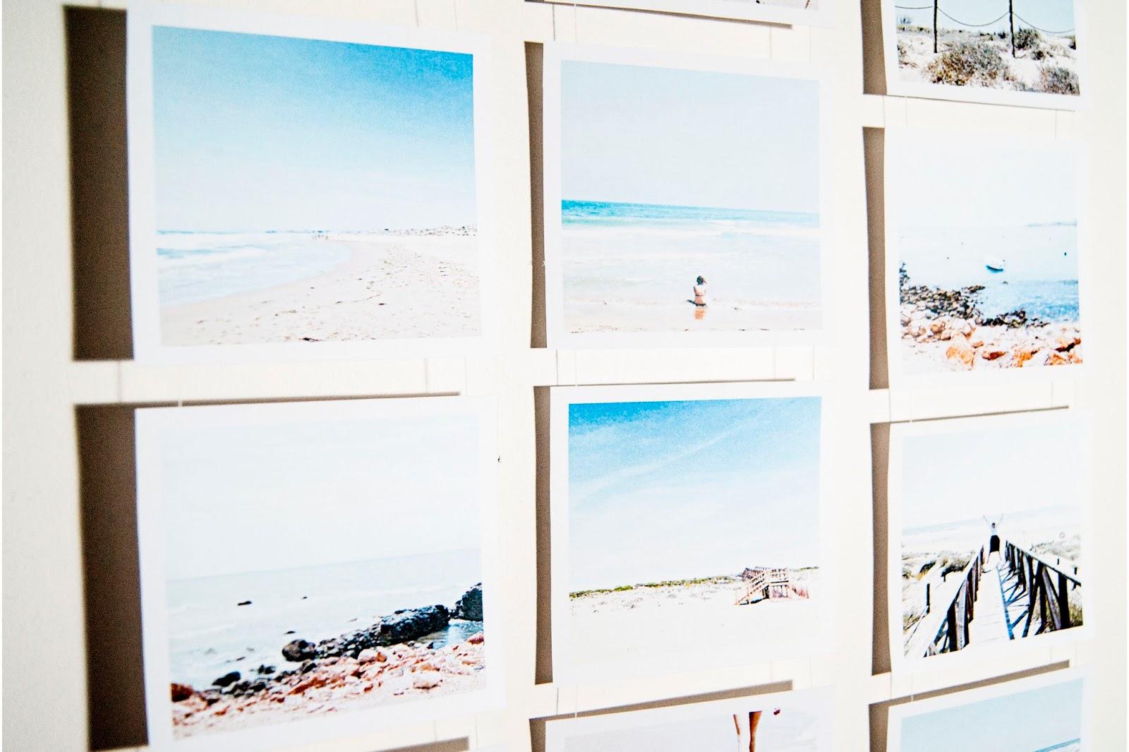 zdjęcia na ścianie, jak wyeksponować zdjęcia w mieszkaniu