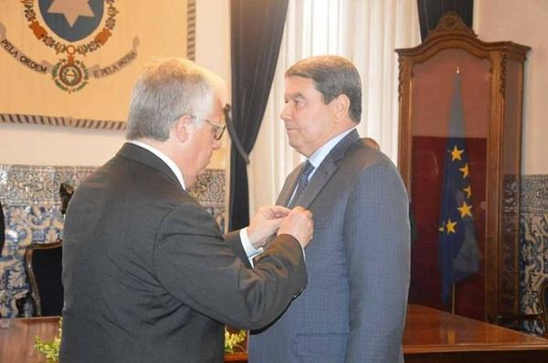 هامل يُقلّد بالميدالية الذهبية للمصالح المتميزة للشرطة البرتغالية