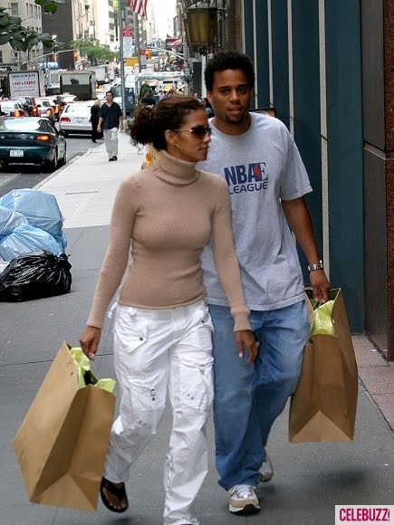 Halle berry dating michael ealy