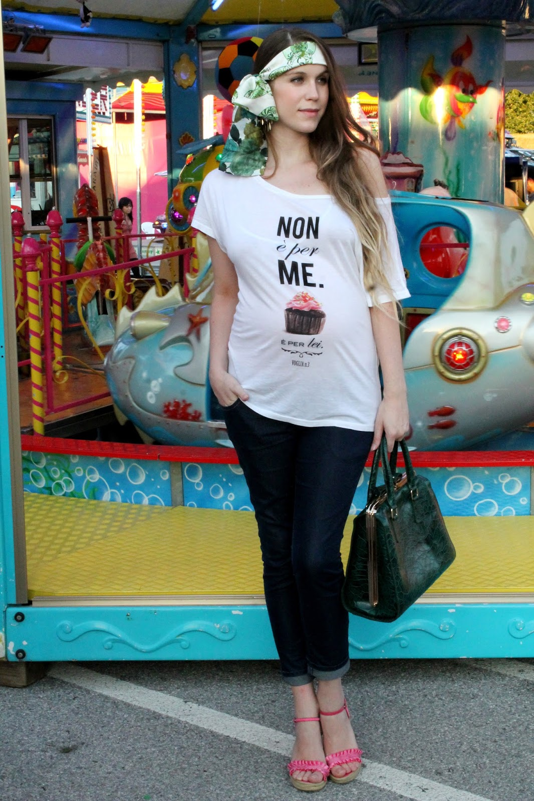 fashion blogger mammamatta maternity t-shirt